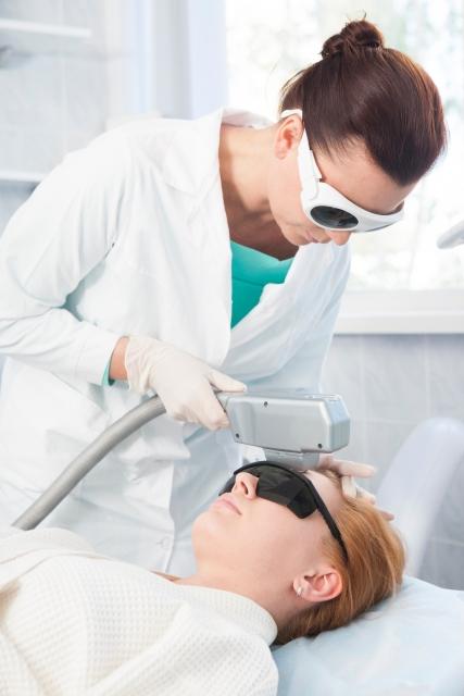 医療レーザー脱毛が終わるまでの標準的な施術回数